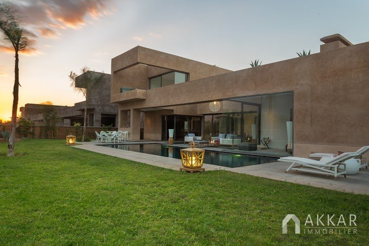 Vente villa marrakech villas moderne avec piscine for Villa moderne prix