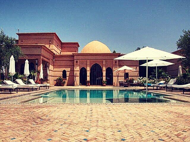 Emejing photo de belle villa pictures for Villa marrakech piscine
