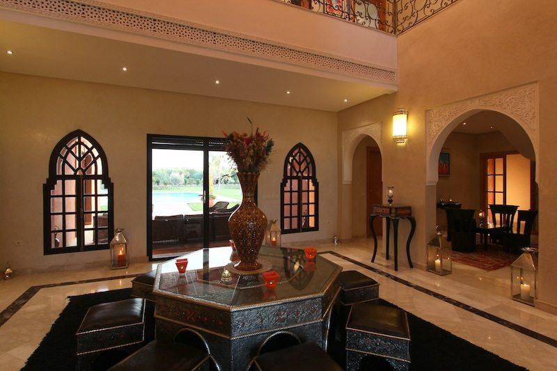 Vente villa marrakech villa moderne avec piscine vendre route de ouarzaza - Salon berbere moderne ...