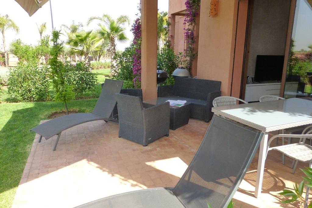 Vente appartement marrakech appartement vendre route for Vente appartement jardin