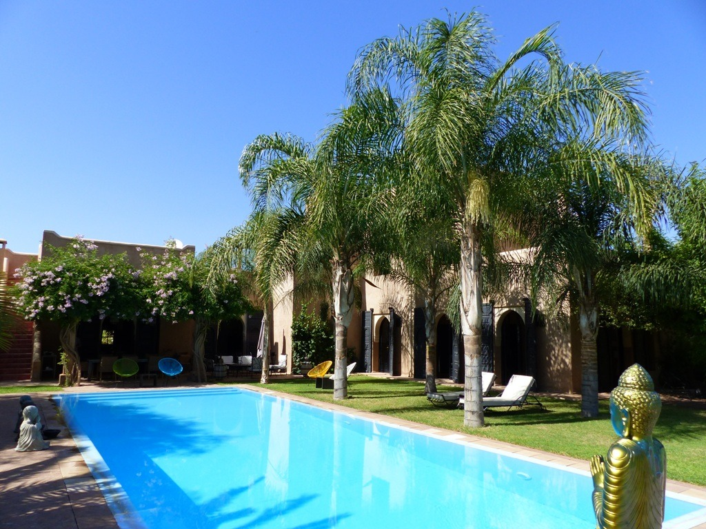 Vente villa marrakech vente villa avec piscine et jardin for Piscine et jardin marseille 2017