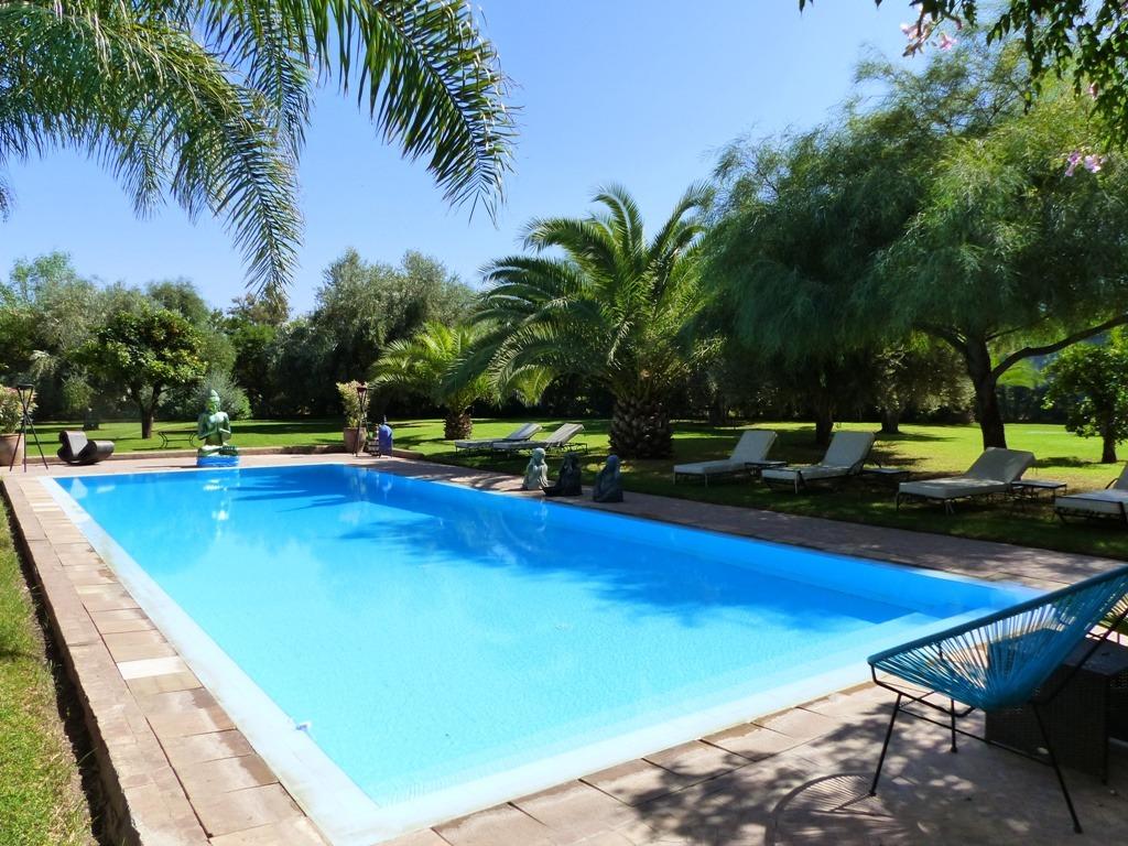 Vente villa marrakech vente villa avec piscine et jardin for Vente accessoire piscine