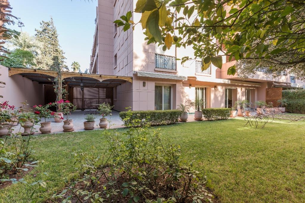 Location appartement marrakech magnifique appartement for Location appartement jardin